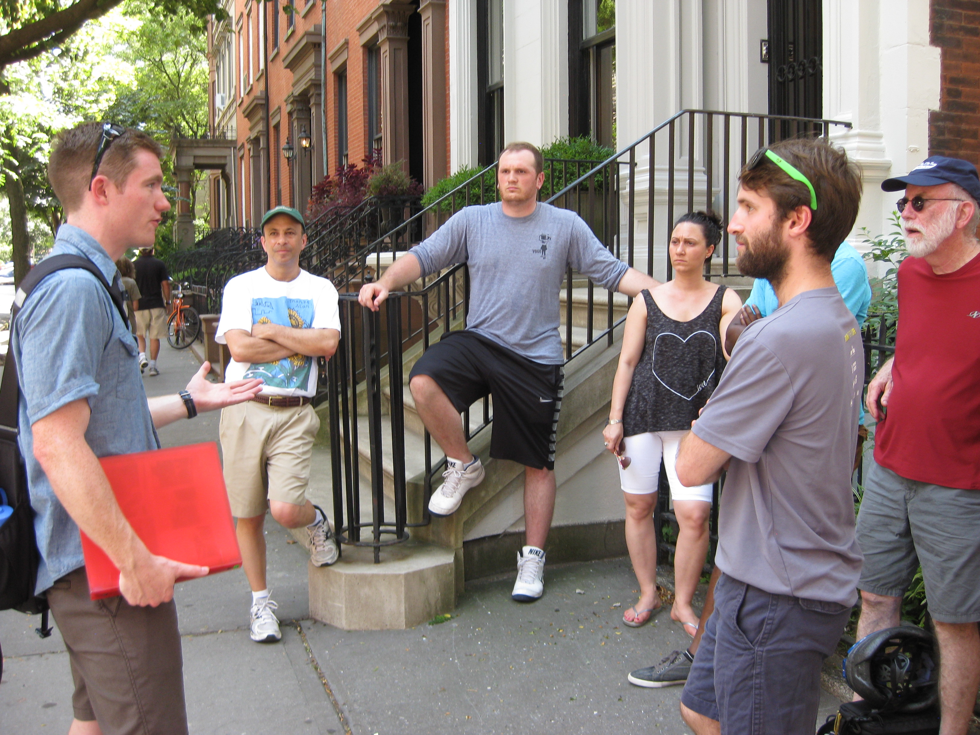 our-group-discusses-historic-broklyn-heights